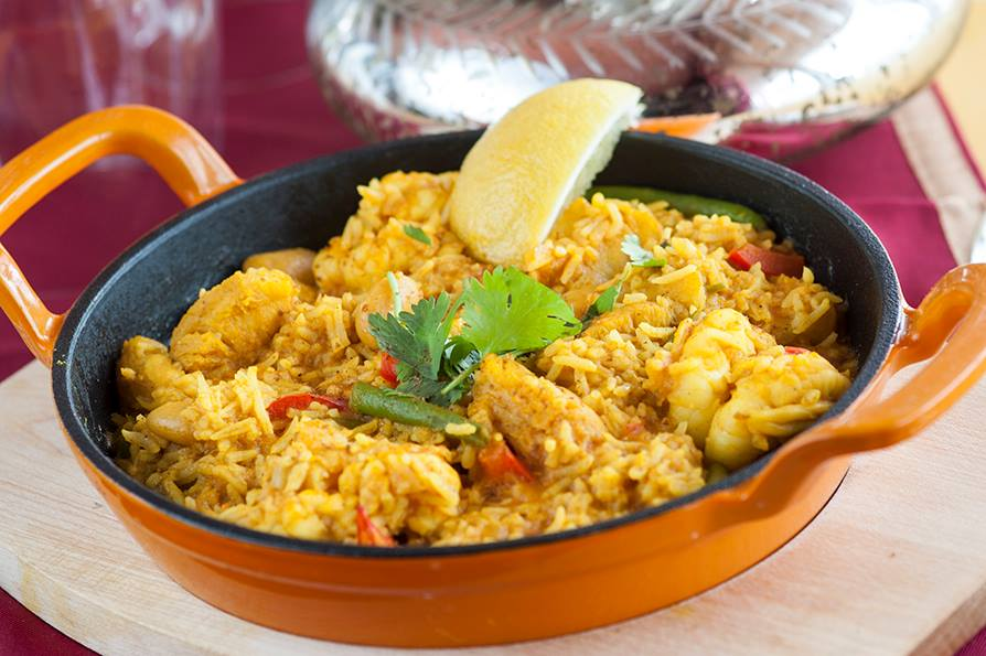 king-prawn-and-monkfish-paella-2